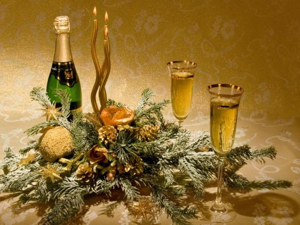 Стіл фото новорічна композиція