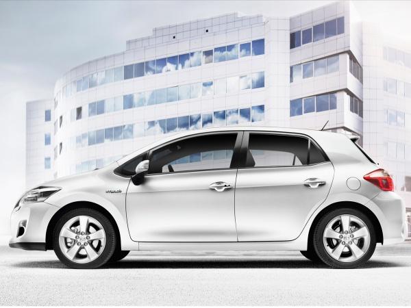 Toyota Auris HSD 2011