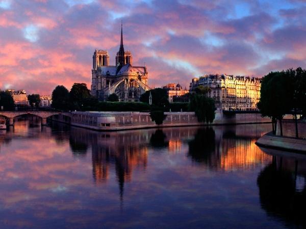 Нотр Дам Париж