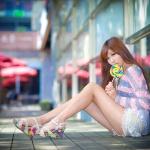 Дівчина з Азії